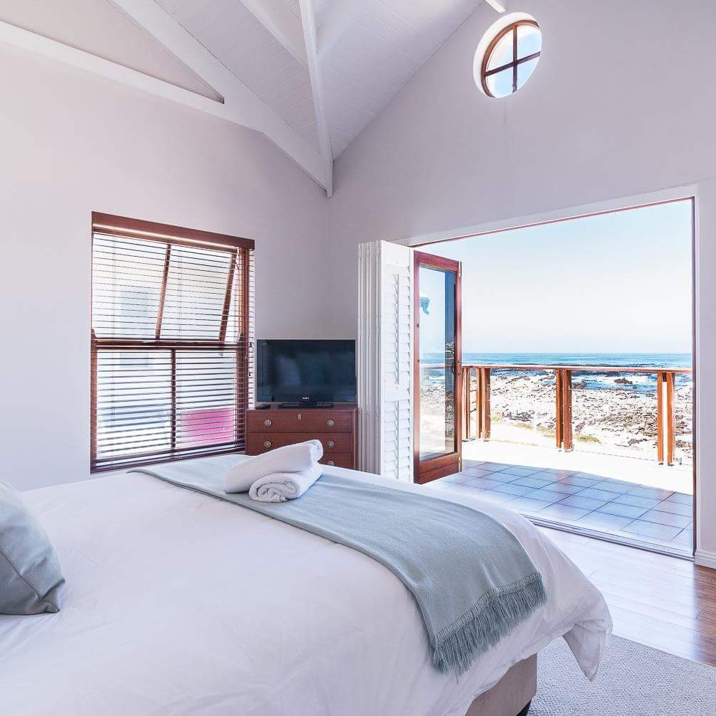 hermanus holiday rentals accommodation in greater hermanus