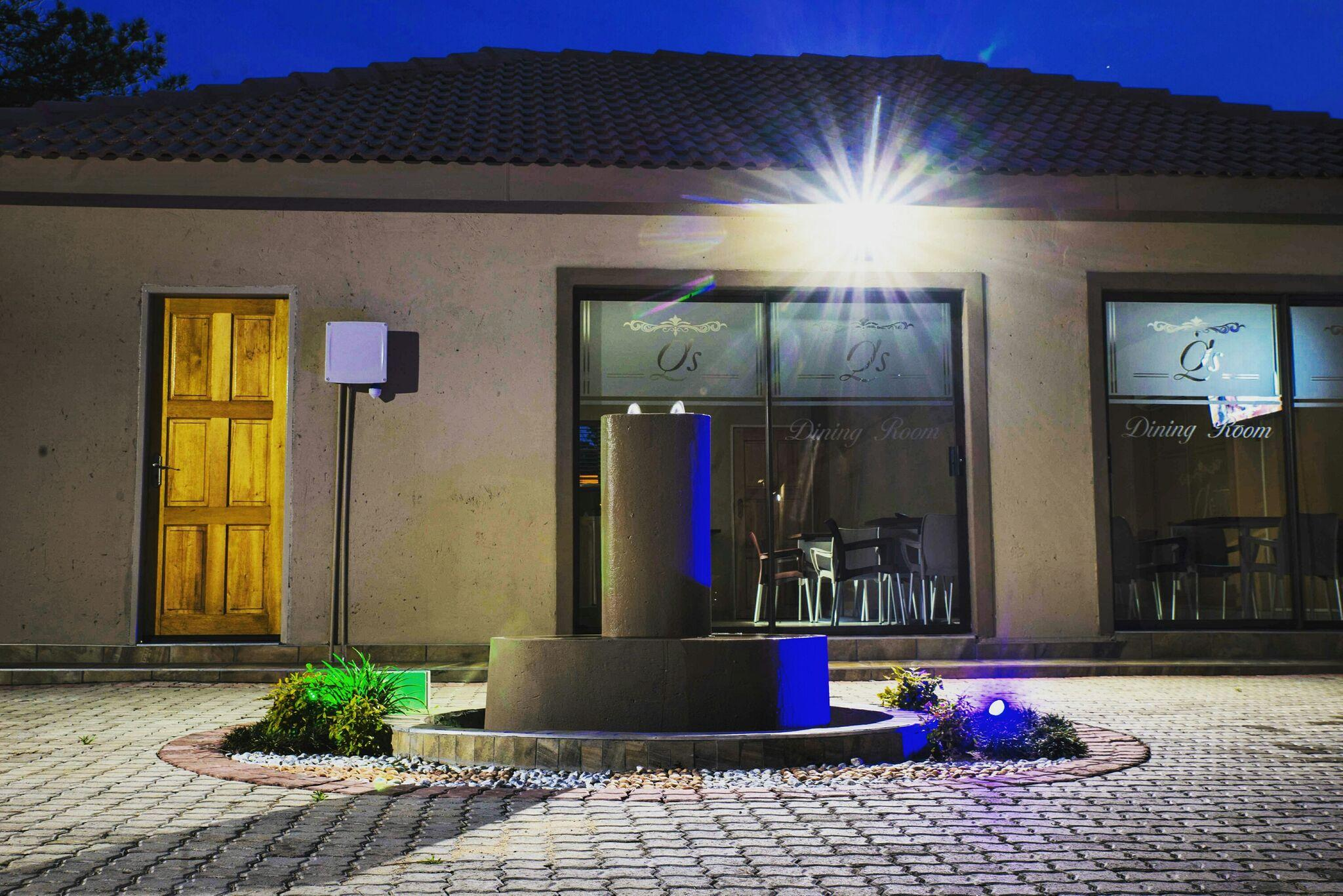 Q 39 s boutique stay guest house accommodation in standerton for Boutique stays accommodation