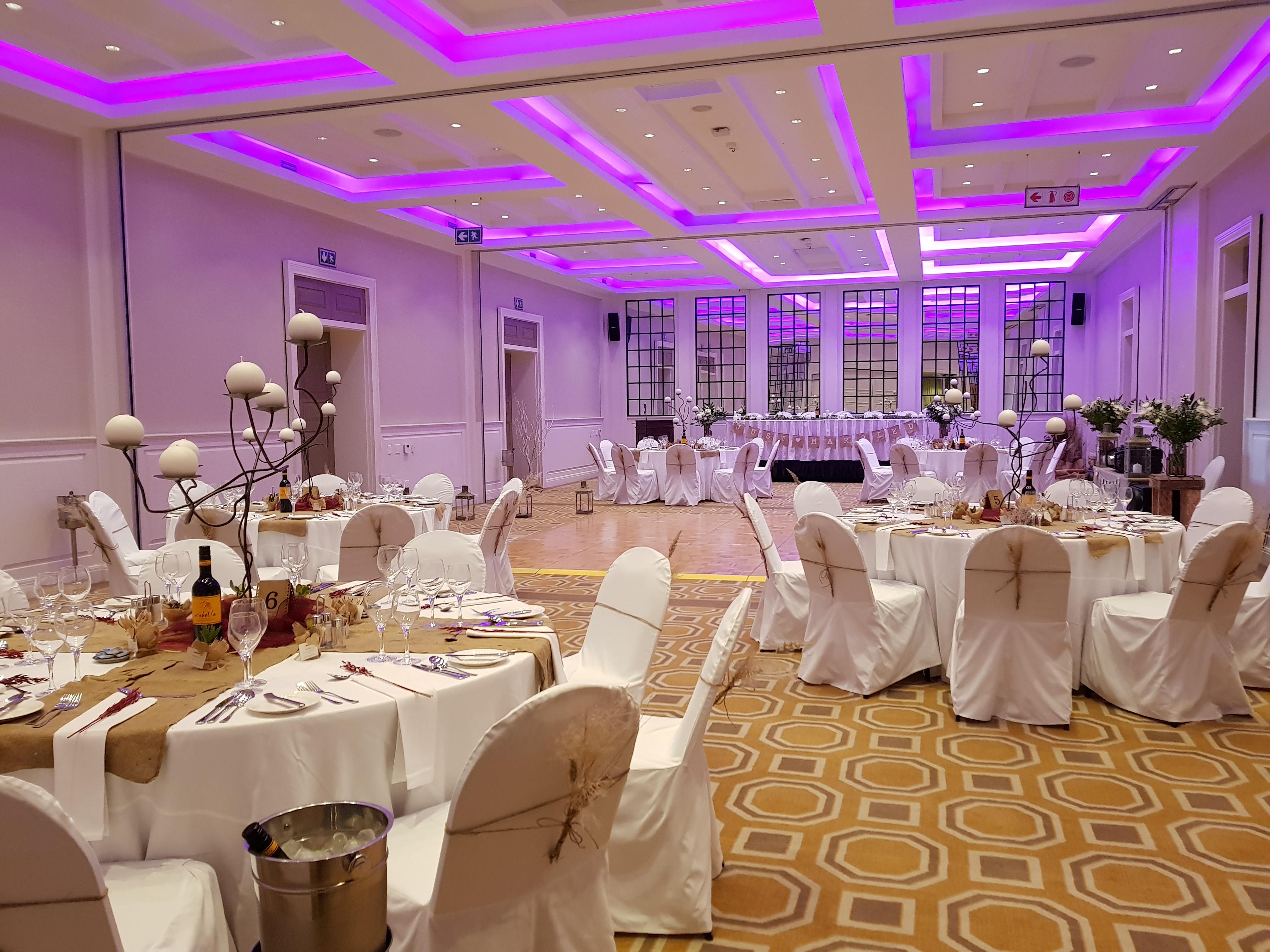 banquet_-_50_guests_-_centre_dancefloor_25c919c1.jpg
